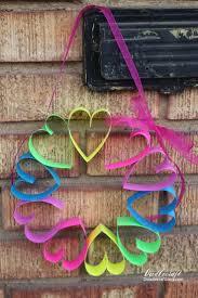 doodlecraft diy paper heart wreath craft