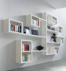 fabulous custom made bookshelves using varnish hardwood materials