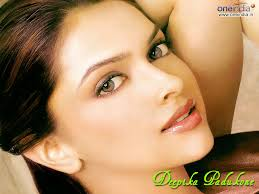 images?qtbnANd9GcQSFlgcshd8MRpTbyuuly7mfXL9A2tUIn3rS7qXQuBRKKJdqCV8xGTXfaxX - Top 10 Bollywood Actress (My Opinion)