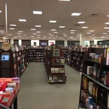 barnes and noble hours black friday barnes u0026 noble 20 reviews bookstores 1741 s willow st