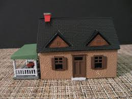 cape cod house snap kit ho scale model railroad building http