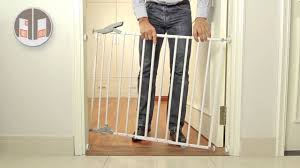 Pressure Mounted Baby Gate Elia Extendable Metal Gate Wall And Pressure Mounted Youtube