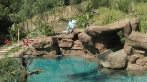 tropical backyard pool u0026 spa ideas youtube