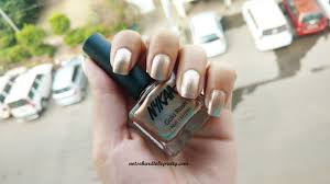 new launch nykaa gold rush nail lacquer lost in gold 133
