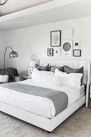 White Headboard Room Ideas Bedroom Furniture Ideas White Quilt And Long Headboard Pillows