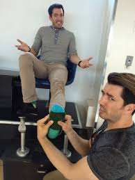 How To Get On Property Brothers by 232 Best Brother Vs Brother Images On Pinterest Property