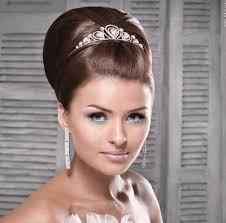 تسريحات شعر للعرائس images?q=tbn:ANd9GcQ