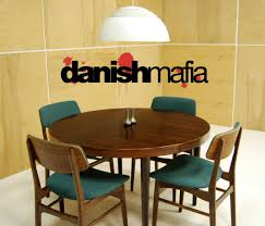 Round Dining Room Table For 10 Mid Century Modern Dining Room Furniture Wooden Laminate Flooring