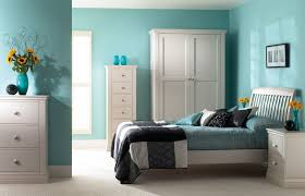 Feng Shui Bedroom Decorating Ideas by Best Color Living Room Decorating Ideas With The Captivating White