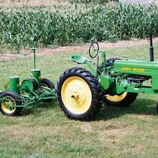 John Deere 7100 Planter by The Planter Pioneer