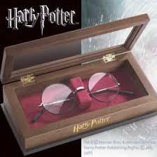 Daniel Radliffe serait allergique au lunettes de Harry Potter ??? dans Actualités
