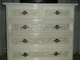 Как реставрировать деревянную мебель