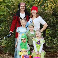 Halloween Costumes For Families by Peter Pan Family Theme Halloween Costumes The Fleglets Youtube