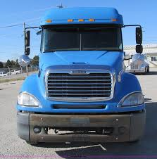 2003 freightliner columbia semi truck item f4674 sold t