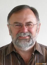 Mit dem biblischen Buch Rut befasst sich Pfarrer Karl-<b>Josef Gruber</b> in einem <b>...</b> - 131111-1-131111-heubach-synagoge-gruber