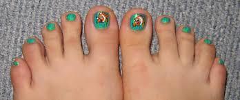 tutorial nemo toes furry fury nail art
