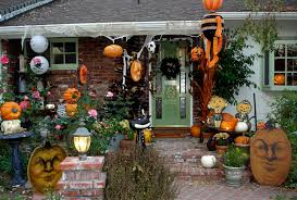 halloween yard decorations diy interior house decor for halloween in yard using scary pumpkins