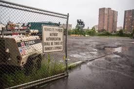 de blasio housing plan seeks land promised as yankees replacement