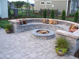 How To Seal A Paver Patio by Best 25 Backyard Pavers Ideas On Pinterest Pavers Patio Back