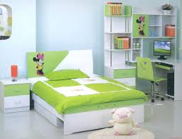 Gray Floors What Color Walls by What Is The Best Color For Bedroom With Nice Gray Floor Tile