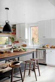 Kitchen Cabinets And Islands by Best 25 Farmhouse Kitchen Island Ideas On Pinterest Kitchen