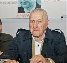 """Skënder Shehu, djali i dytë i Mehmet Shehut ka deklaruar në emisionin """"Debat"""" të Roland Qafokut se fillimisht ka besuar se i ati është vetëvrarë. - skender-shehu1"""