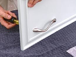 How To Clean Kitchen Cabinet Hardware by How To Paint Old Kitchen Cabinets How Tos Diy
