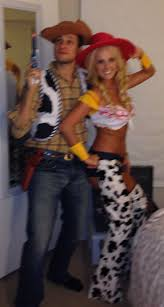 Funny Family Halloween Costumes by Best 25 Woody And Jessie Costumes Ideas On Pinterest Toy Story