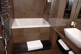 Cool Small Bathroom Ideas by Wonderful Small Main Bathroom Ideas Related To House Decorating