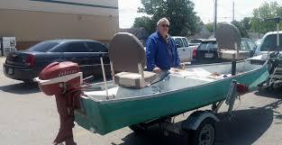 home outboard boat motor repair