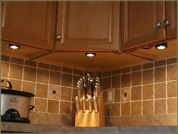 Lights Under Kitchen Cabinets Wireless by Kitchen Under Cabinet Lighting Hardwired Under Cabinet Led