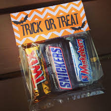halloween crafts with candy halloween treat bags with free printable guest post unoriginal mom