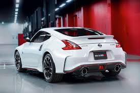 nissan 370z in winter nissan 370z nismo cars pinterest nissan nissan 370z and cars