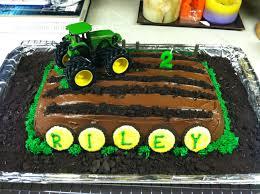 John Deere Kids Room Decor by John Deere Tractor Cake White Cake With Chocolate Fudge Icing And