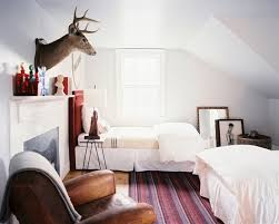 Two Twin Beds In Small Bedroom Country Bedroom Photos 54 Of 273