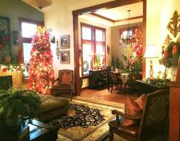 Homes With Christmas Decorations by 188 Best Savvy Seasons By Liz U0026 The Tuscan Home By Liz Images On