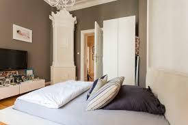 Hm Wohnung In Wien Design Destilat Wohnideen Schlafzimmer Modern Lewis Lighting Benton Ar Modern