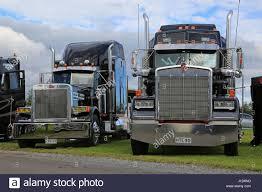 kenworth semi trucks kenworth truck display stock photos u0026 kenworth truck display stock