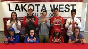 Colerain hosts      Winter Signing National Letter of Intent Day     Valley News