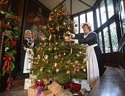 Christmas Yard Decoration Images Victorian Country Christmas Decorations Best Images Collections
