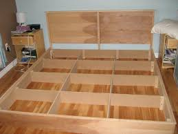 Diy Platform Bed Frame Designs by Best 25 King Platform Bed Ideas On Pinterest Diy Bed Frame Bed
