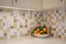 retro kitchen backsplash