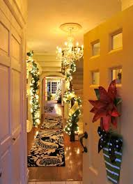 Homes With Christmas Decorations by 10 Cozy Homes Decor To Snuggle In This Christmas Home Design And