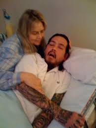 Chi Cheng in the hospital