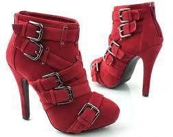 مواضيع ذات صلةأحذية جلدية عالية الكعب لشتاء عام 2013جاذبية