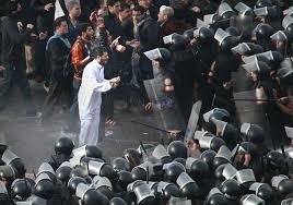 صور أرشفية من قلب أحداث الثورة Images?q=tbn:ANd9GcQtLAzJqaIv2ws89YTJS0HwJEWE_lMiDQCzK-UM0tyHJIsDiwiLSO7b6eRJKQ