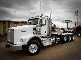 classic kenworth for sale used 2013 kenworth t800 ext cab tri axle daycab for sale in ms 6520
