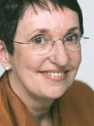 Ein Beitrag von Inge Schulze Bielefeld ist eine blühende Stadt. Sie hat die Schuldenlast pro Kopf halbiert und als einzige Stadt mit über 300.000 Einwohnern ... - 19523-inge_schulze_04