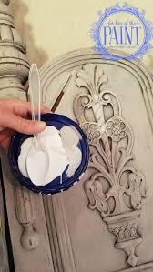 Chalk Paint Furniture Ideas by Top 25 Best Paris Grey Ideas On Pinterest Chalk Paint Dresser