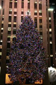 it u0027s christmas time in the city a free wallpaper download